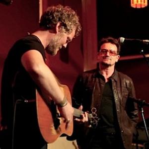 Watch Bono Sing With Glen Hansard In NYC