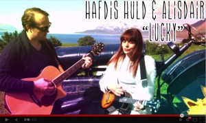 """Watch Hafdis Huld's """"Lucky"""" Acoustic Performance"""