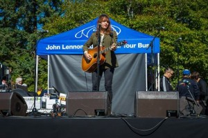 Dovetail Performed in Central Park to Celebrate John Lennon