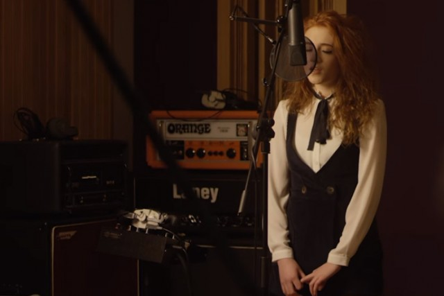 Watch Janet Devlin and Gareth Emery's Unplugged Performance of