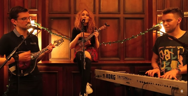 "Watch Janet Devlin Perform ""Happy Holidays"" at the YouTube Space NYC"