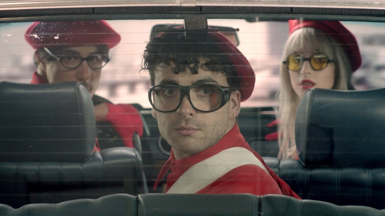 """Paramore Unveils Funky, Sleek New Track """"Told You So"""" From Forthcoming Album"""