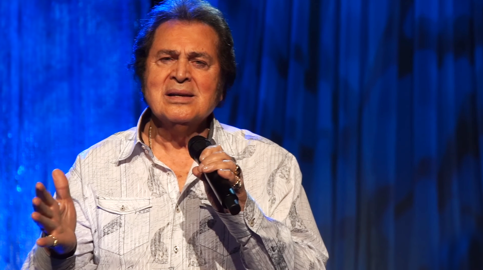 Billboard Features New Engelbert Humperdinck Live Performance for Valentine's Day