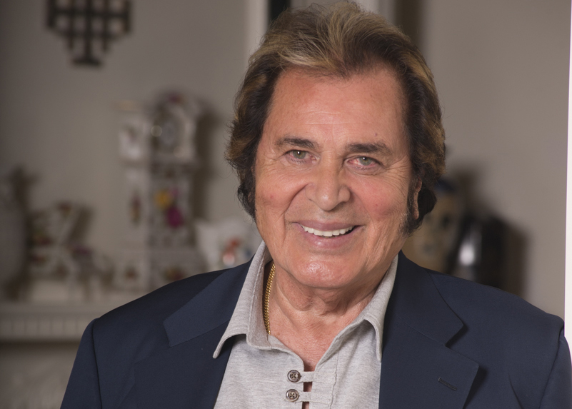 engelbert humperdinck has unfulfilled dreams sentinel source interview warmest christmas wishes the man i want to be tour