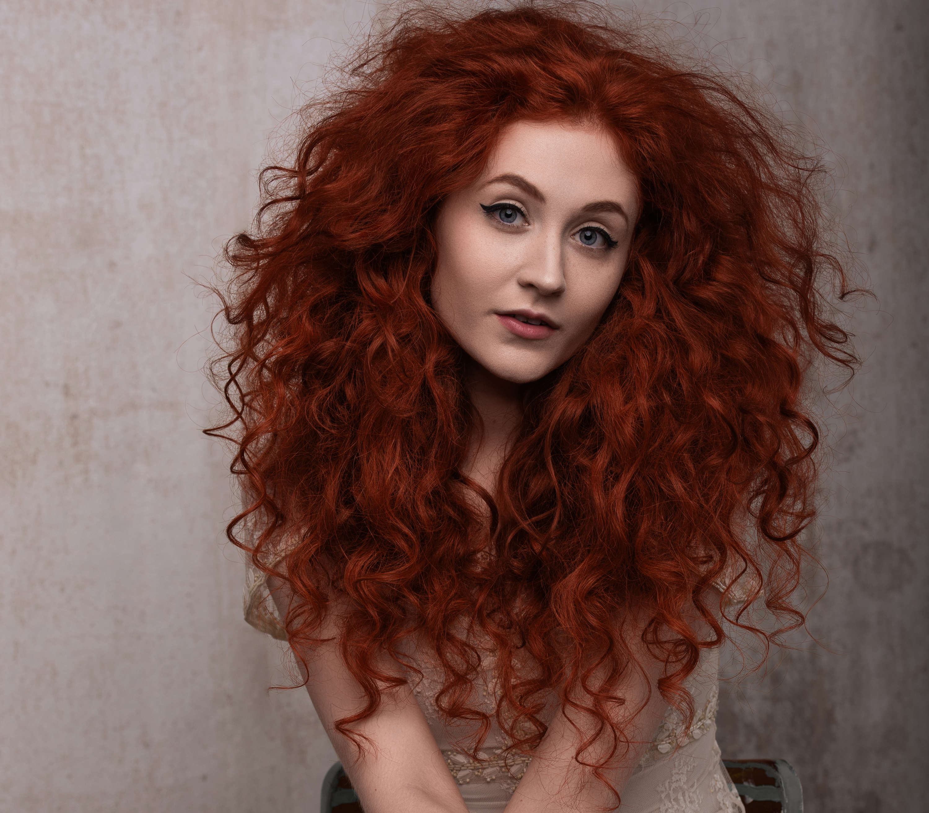 "Singer-Songwriter Janet Devlin Releases Long Awaited New Single ""I Lied to You"""