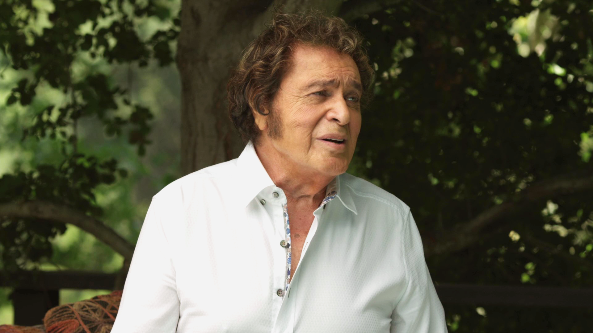 Engelbert Humperdinck speaks to Rock and Roll Globe about his new EP, Reflections, and his current tour